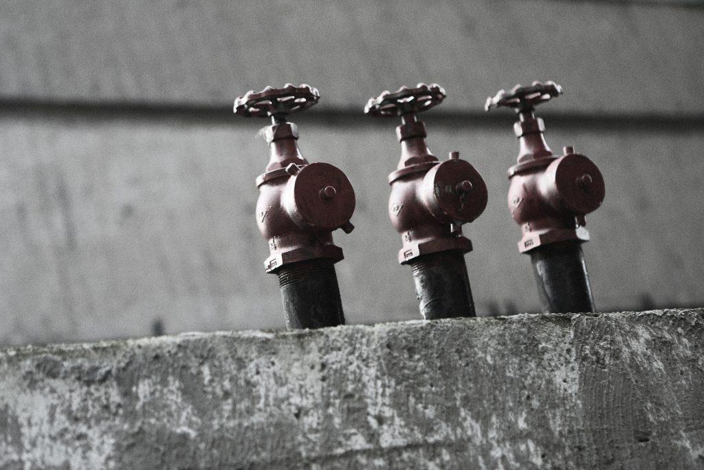valve-498409_1920
